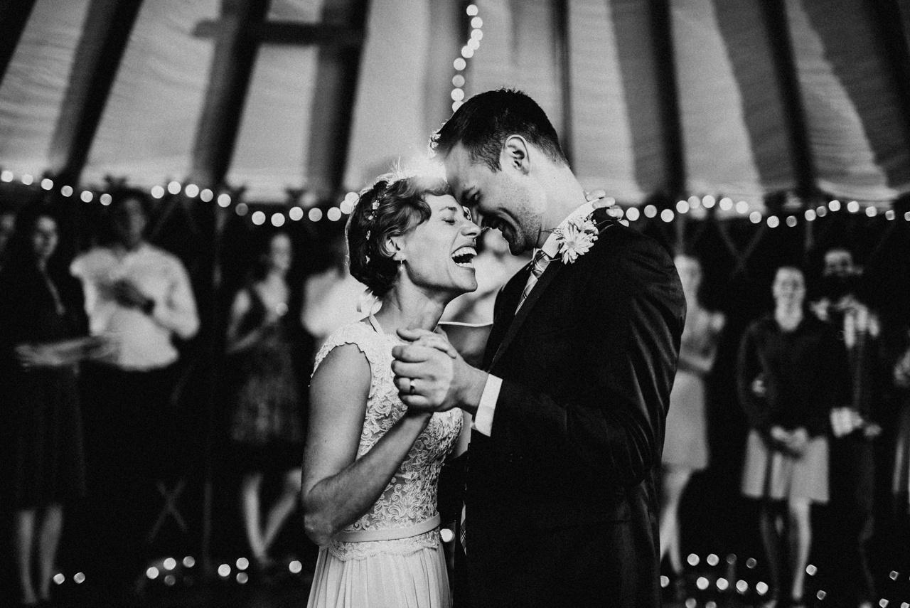 Najkrajšie svadobné fotky podľa junebug WEDDINGS - Obrázok č. 37
