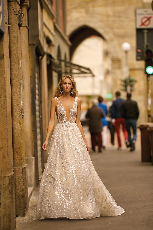 Svadobné šaty z kolekcií na rok 2020 - Obrázok č. 25