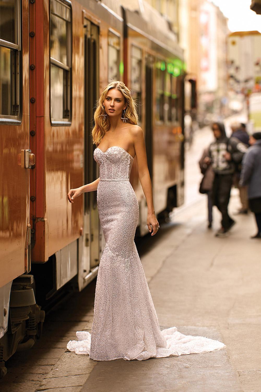 Svadobné šaty z kolekcií na rok 2020 - Obrázok č. 26