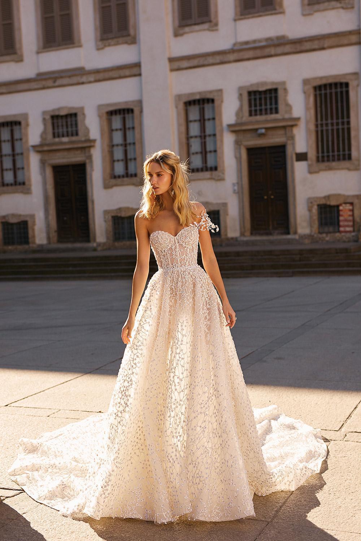 Svadobné šaty z kolekcií na rok 2020 - Obrázok č. 28