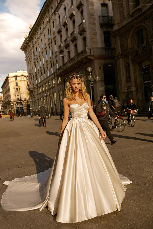 Svadobné šaty z kolekcií na rok 2020 - Obrázok č. 30