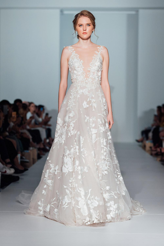 Svadobné šaty z kolekcií na rok 2020 - Obrázok č. 47