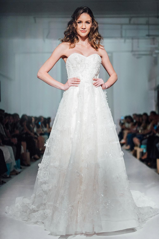 Svadobné šaty z kolekcií na rok 2020 - Obrázok č. 52