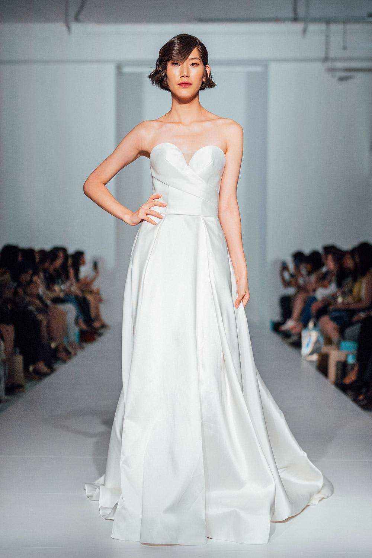 Svadobné šaty z kolekcií na rok 2020 - Obrázok č. 53