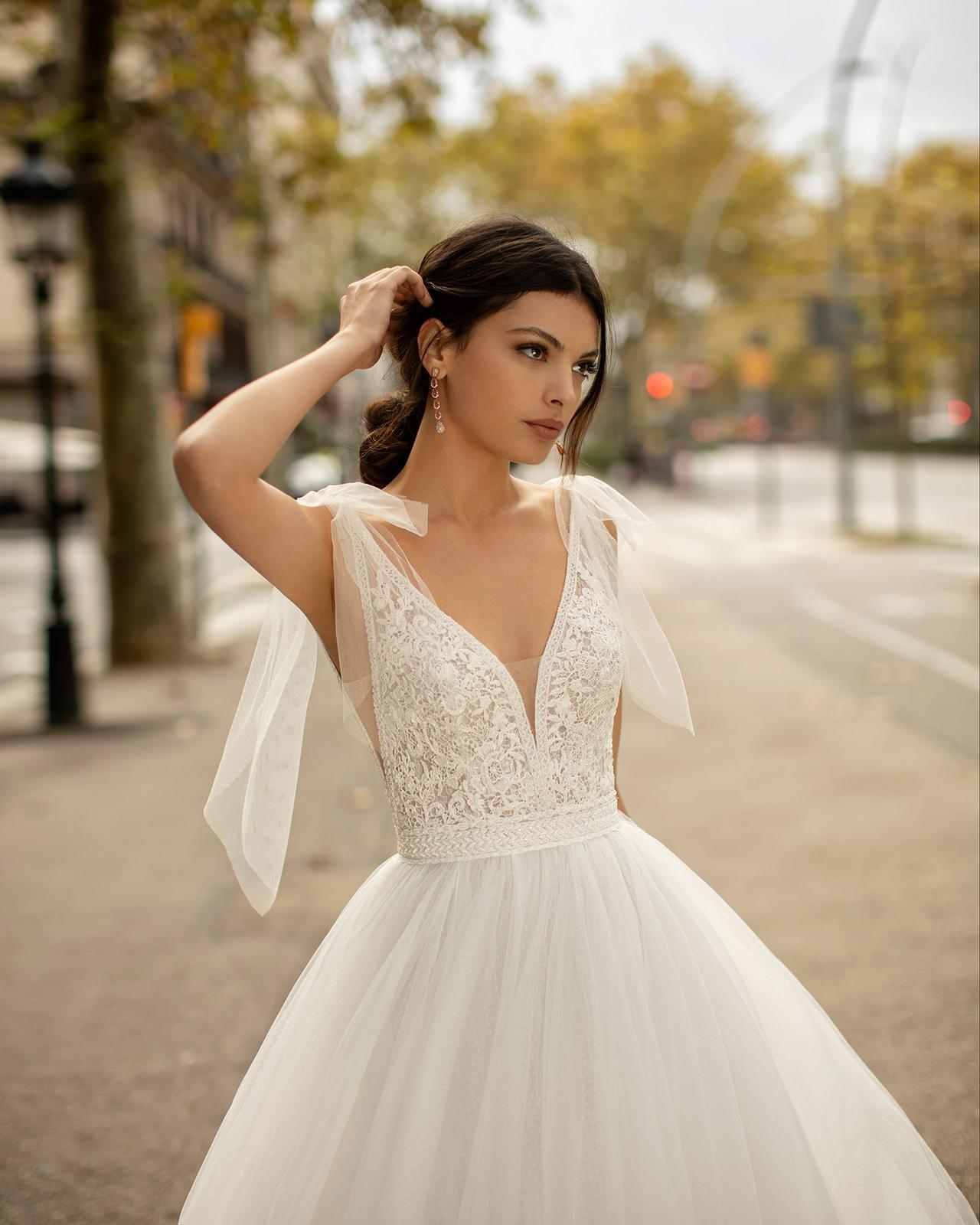 Svadobné šaty z kolekcií na rok 2020 - Obrázok č. 55