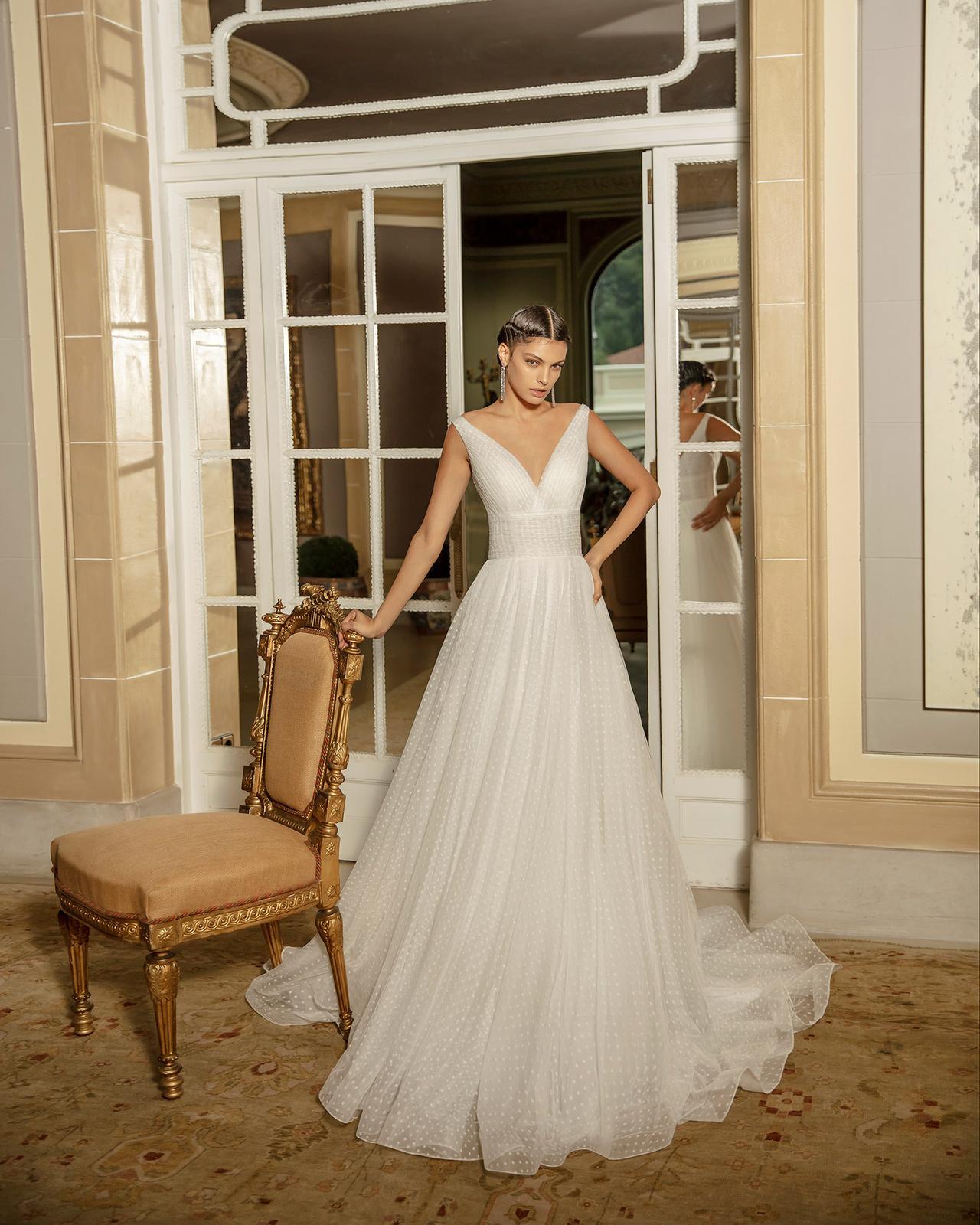 Svadobné šaty z kolekcií na rok 2020 - Obrázok č. 58