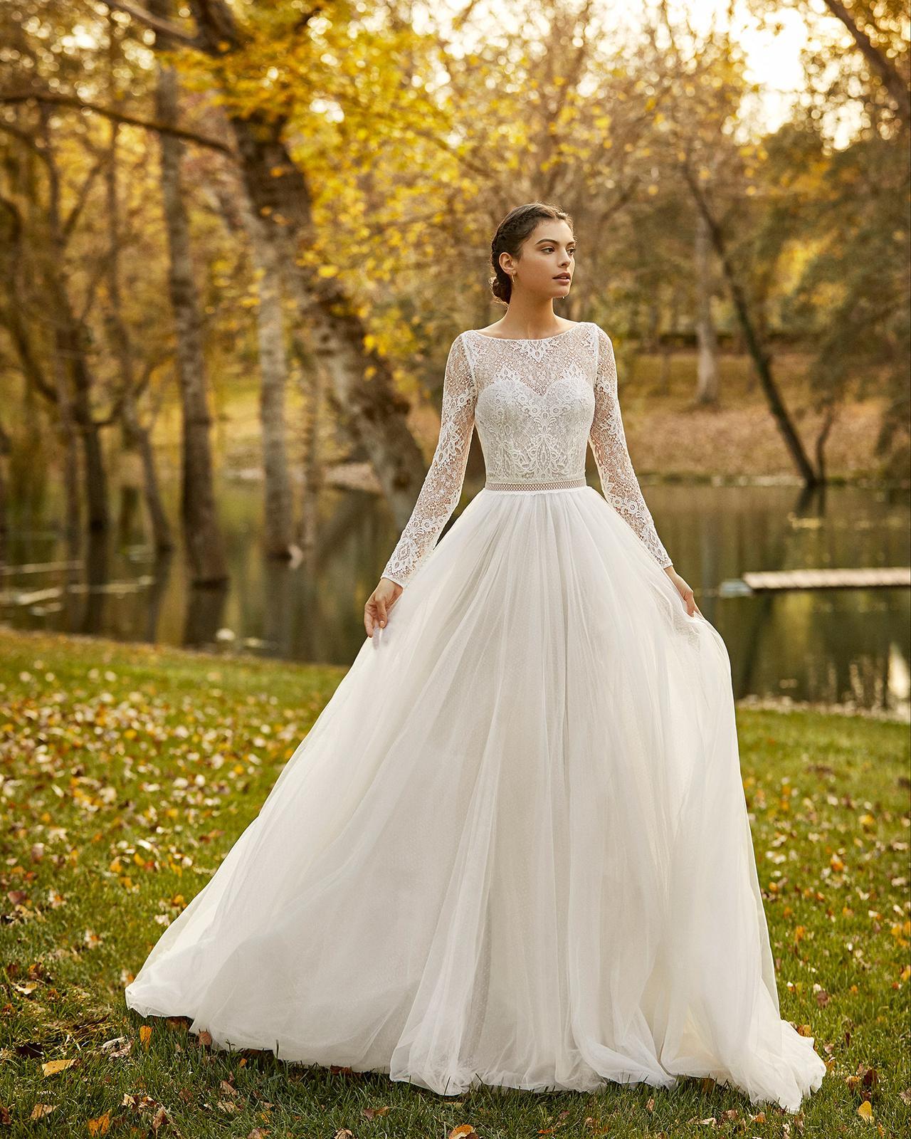 Svadobné šaty z kolekcií na rok 2020 - Obrázok č. 59