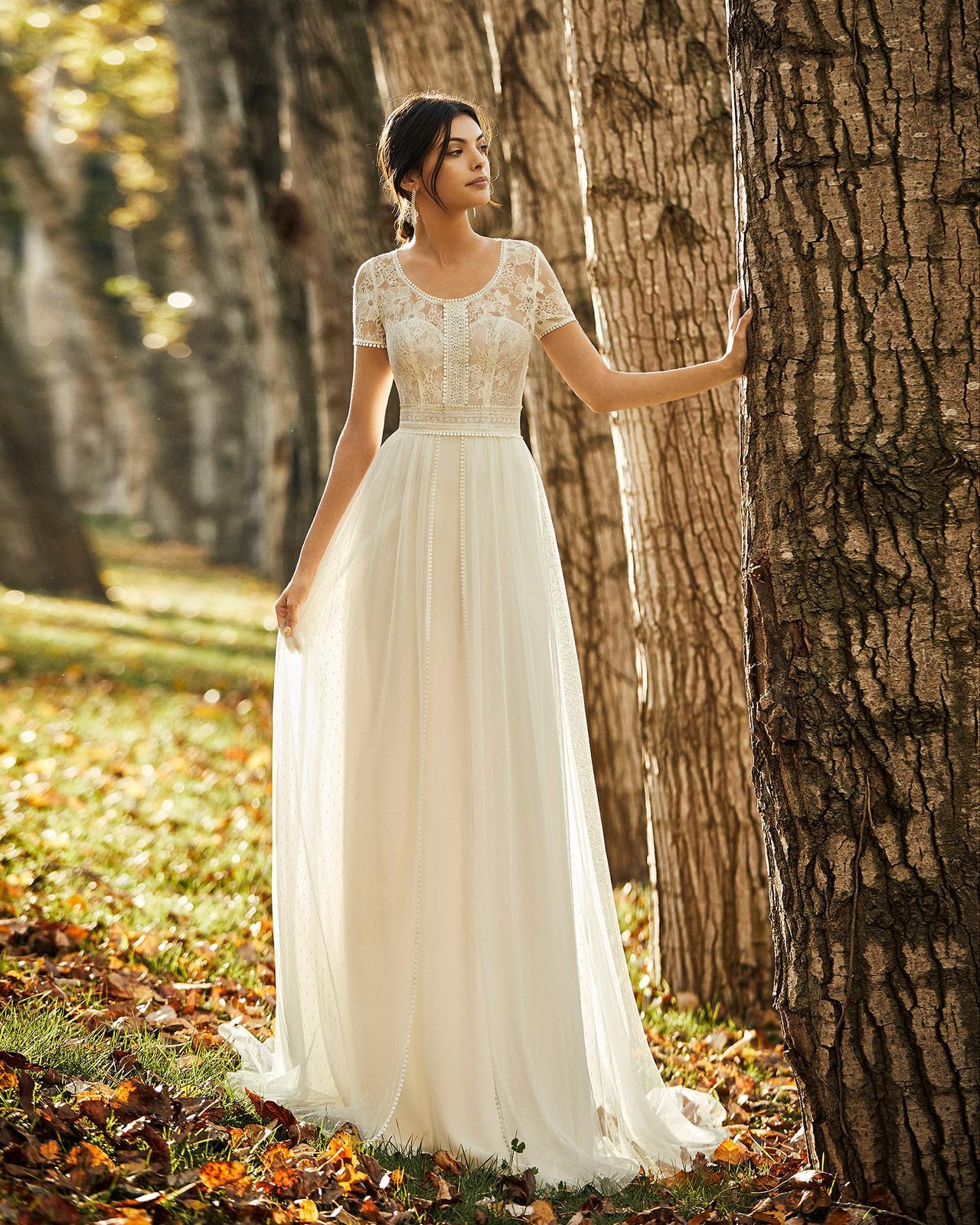 Svadobné šaty z kolekcií na rok 2020 - Obrázok č. 64