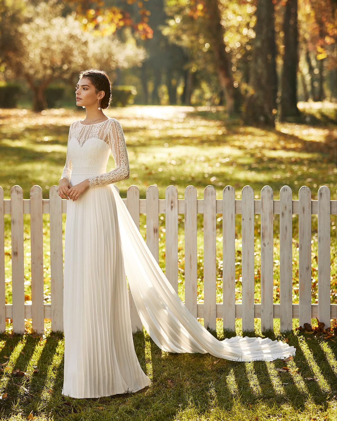Svadobné šaty z kolekcií na rok 2020 - Obrázok č. 67