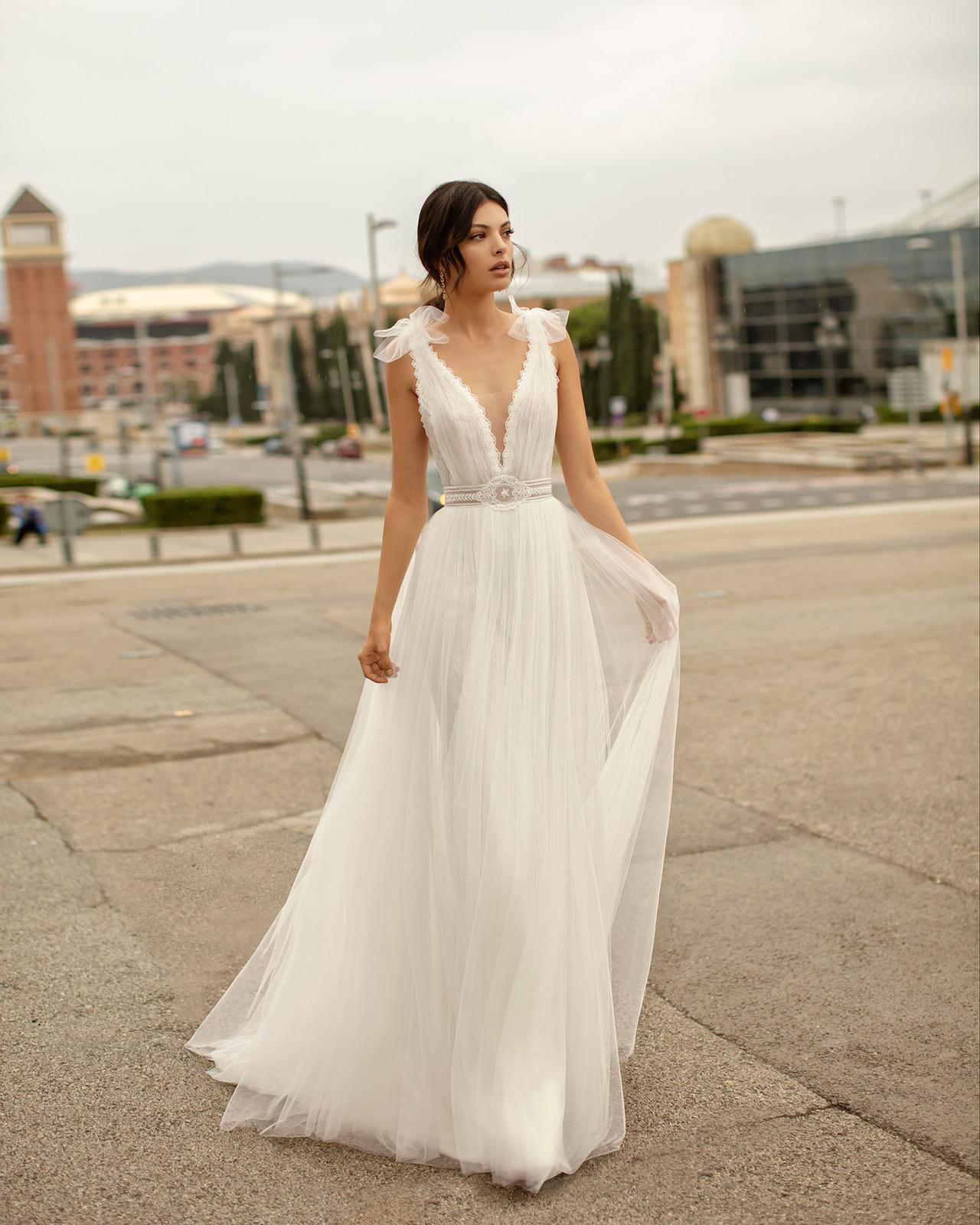 Svadobné šaty z kolekcií na rok 2020 - Obrázok č. 69