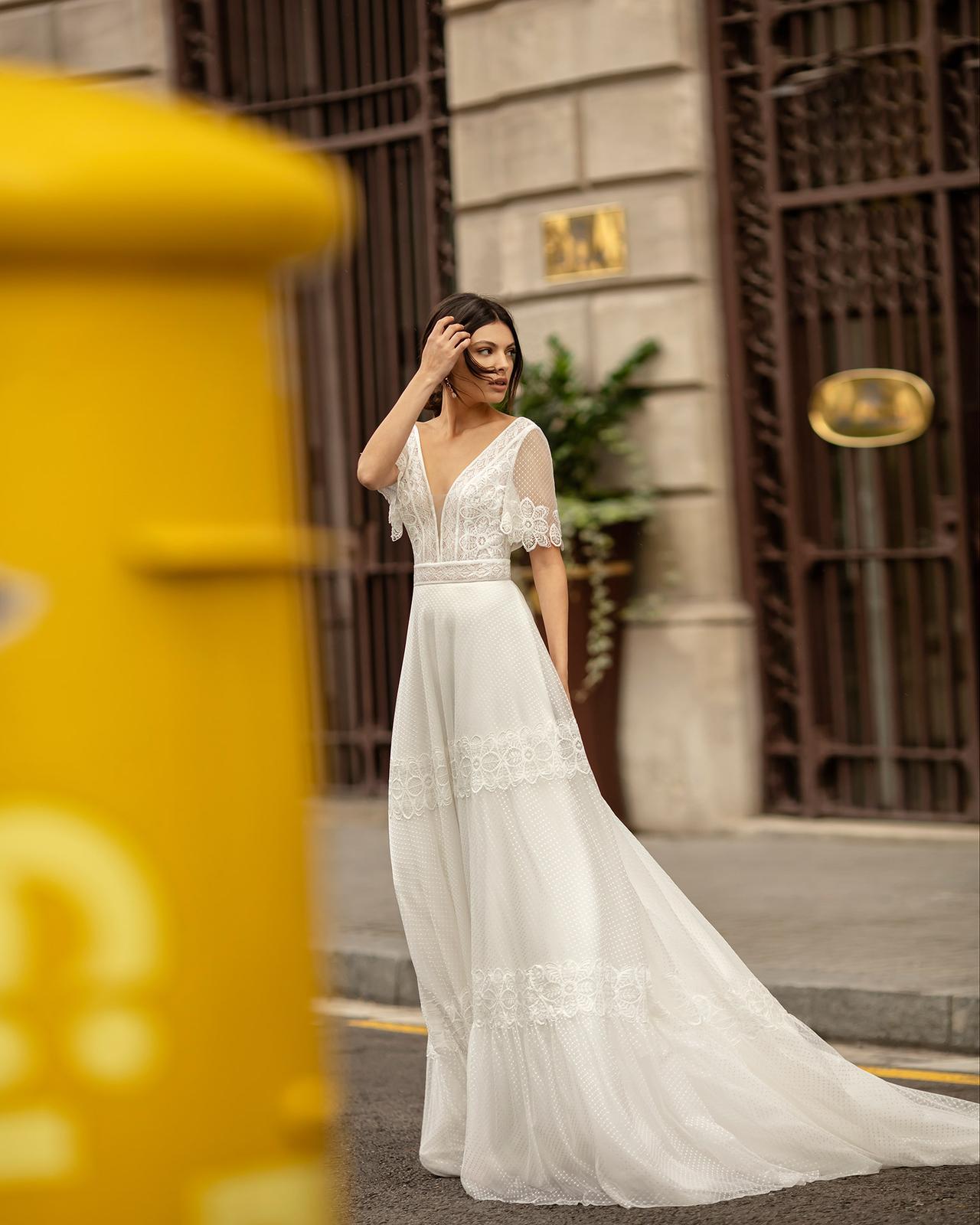 Svadobné šaty z kolekcií na rok 2020 - Obrázok č. 70
