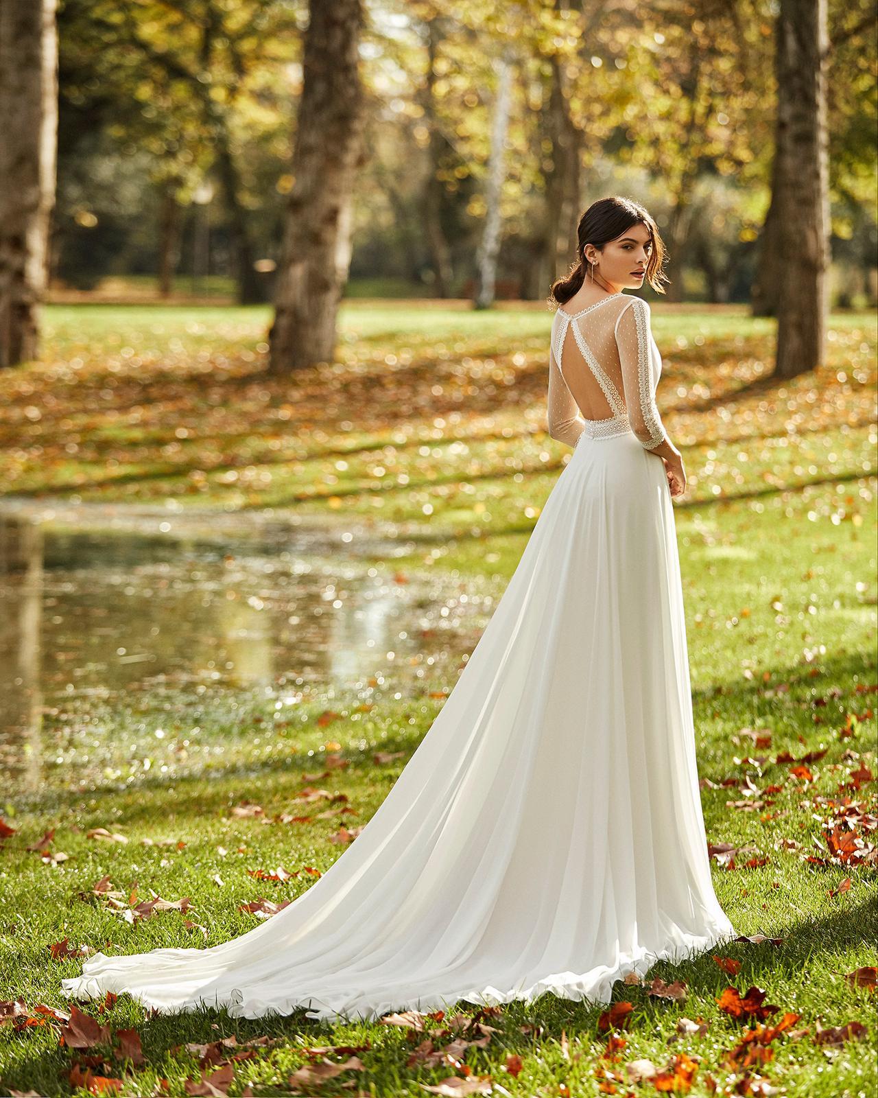 Svadobné šaty z kolekcií na rok 2020 - Obrázok č. 71