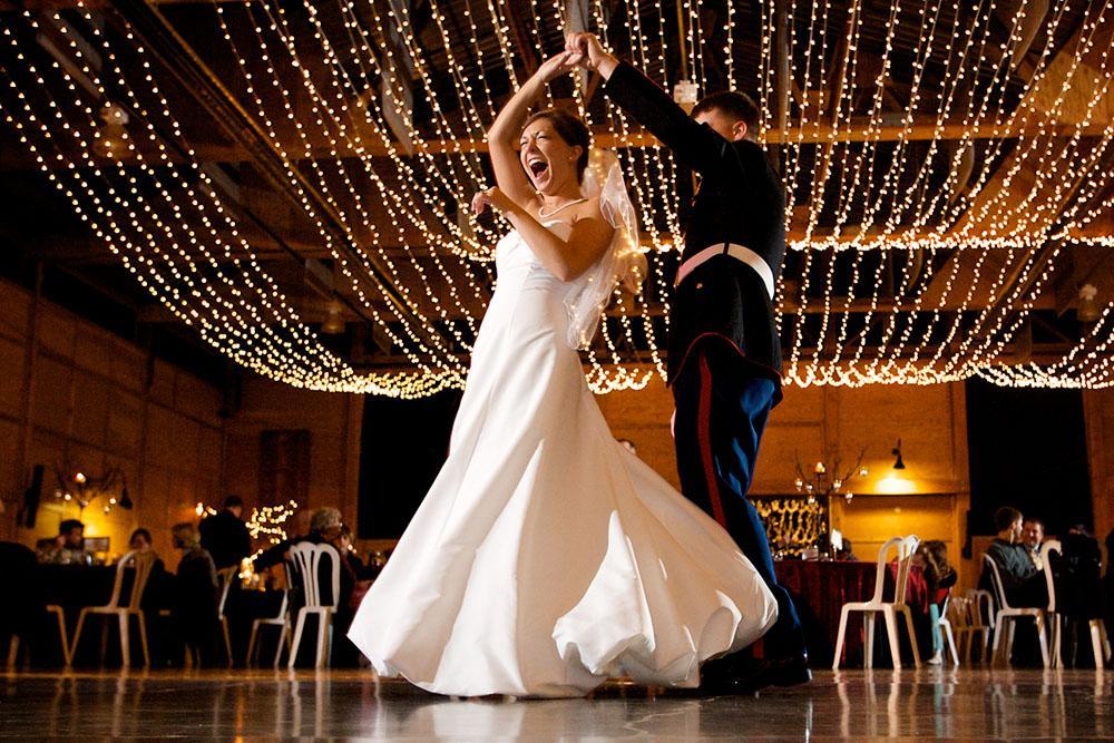 Hudba na prvý svadobný tanec - Fotka skupiny