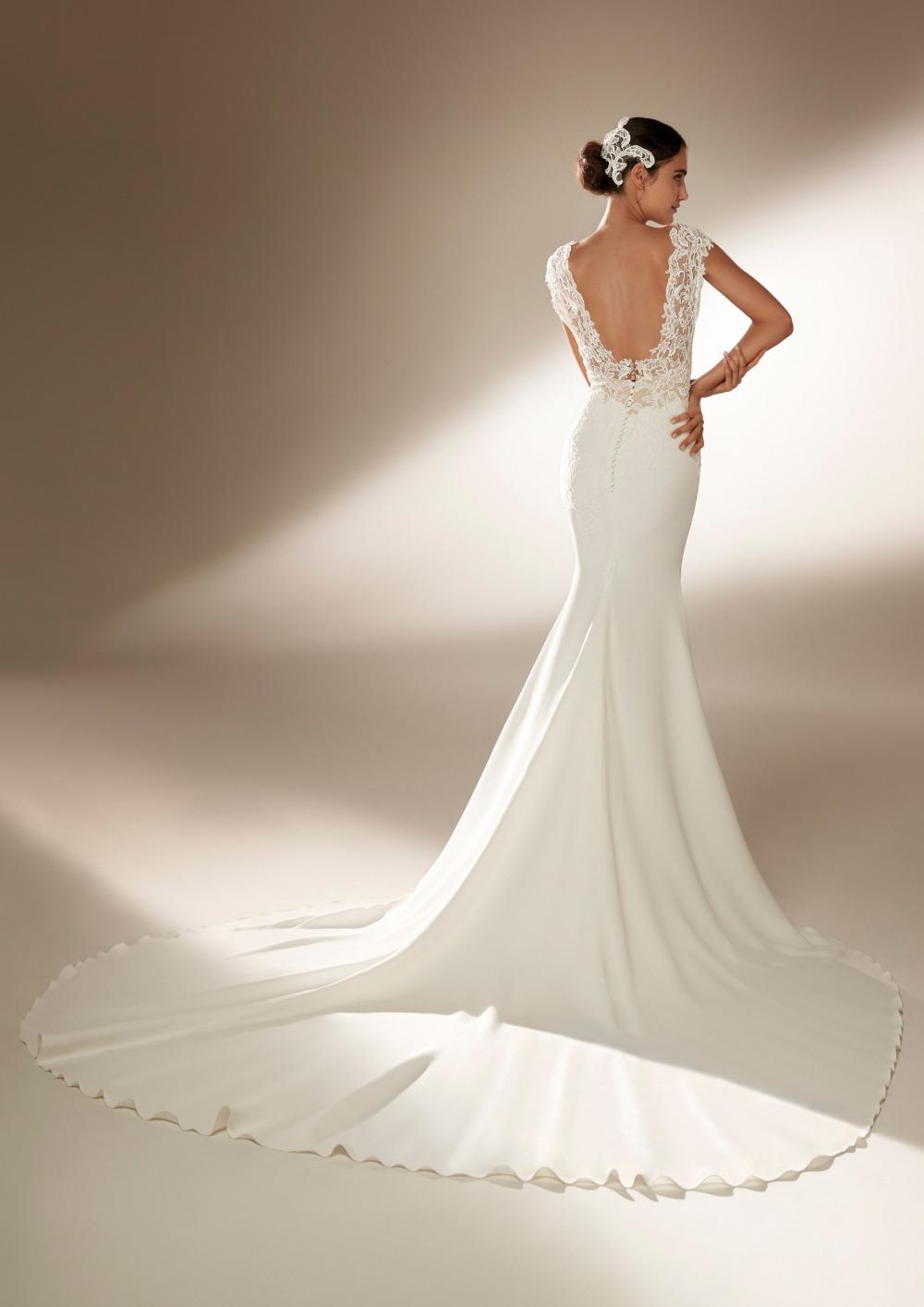 Atelier Pronovias * Svadobné šaty z kolekcie na 2021 - Obrázok č. 6