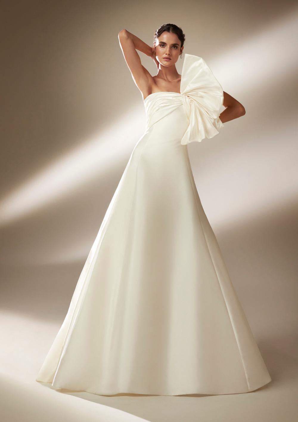 Atelier Pronovias * Svadobné šaty z kolekcie na 2021 - Obrázok č. 11