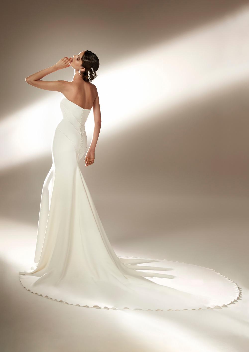 Atelier Pronovias * Svadobné šaty z kolekcie na 2021 - Obrázok č. 21