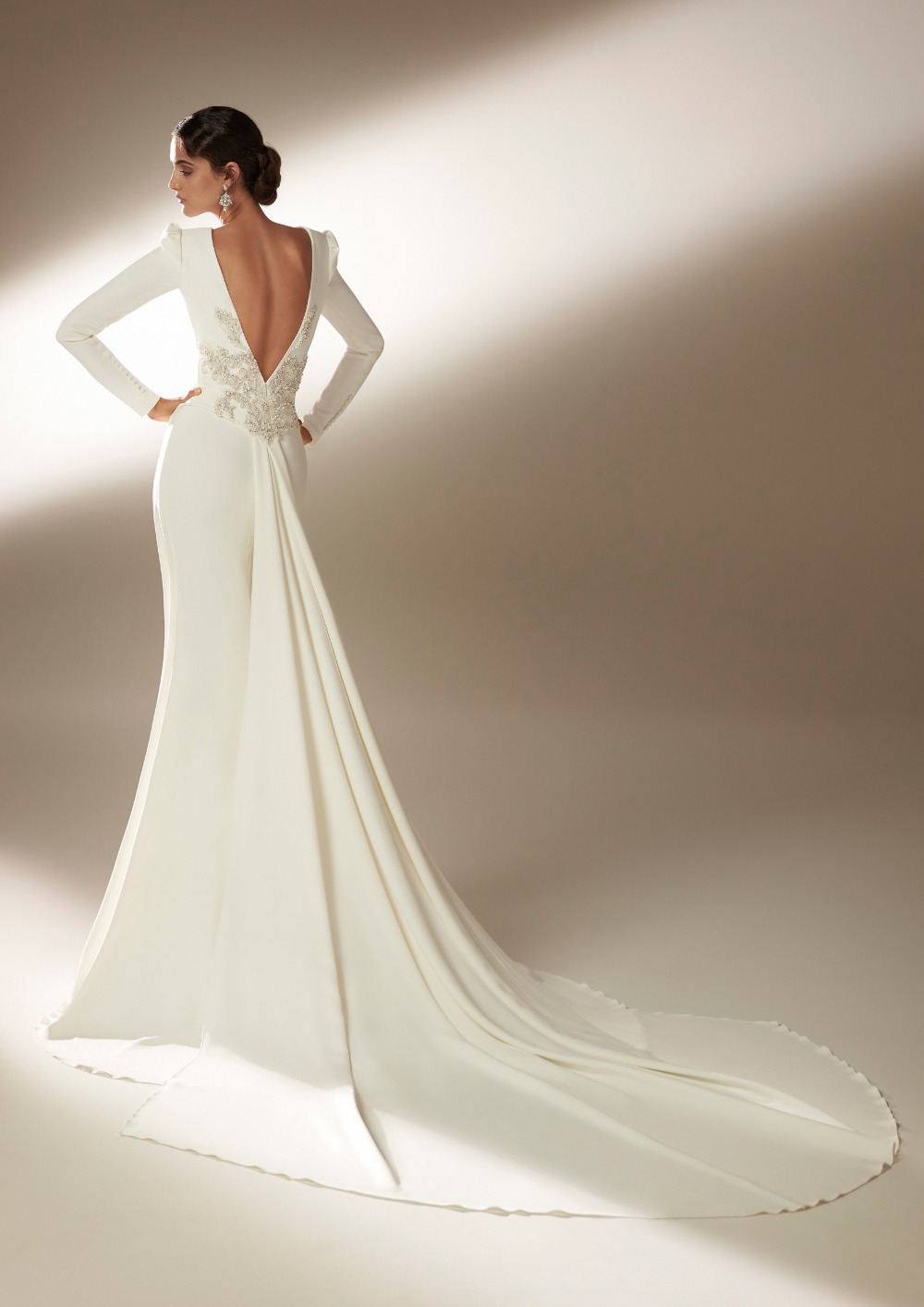 Atelier Pronovias * Svadobné šaty z kolekcie na 2021 - Obrázok č. 15