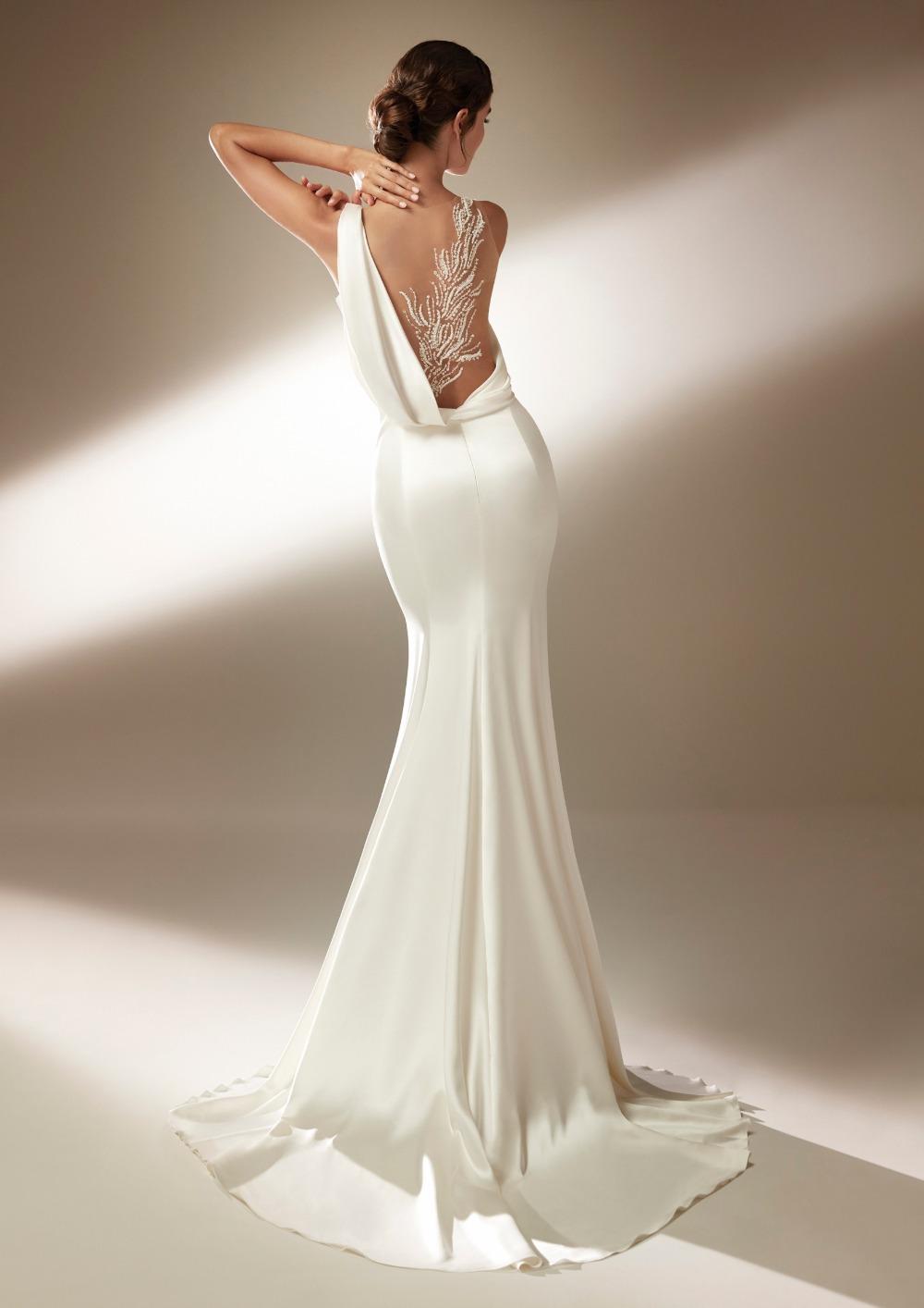Atelier Pronovias * Svadobné šaty z kolekcie na 2021 - Obrázok č. 17