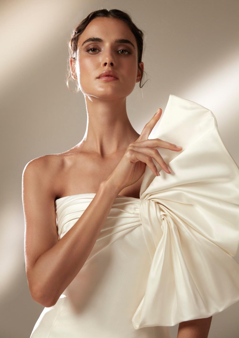 Atelier Pronovias * Svadobné šaty z kolekcie na 2021 - Obrázok č. 9