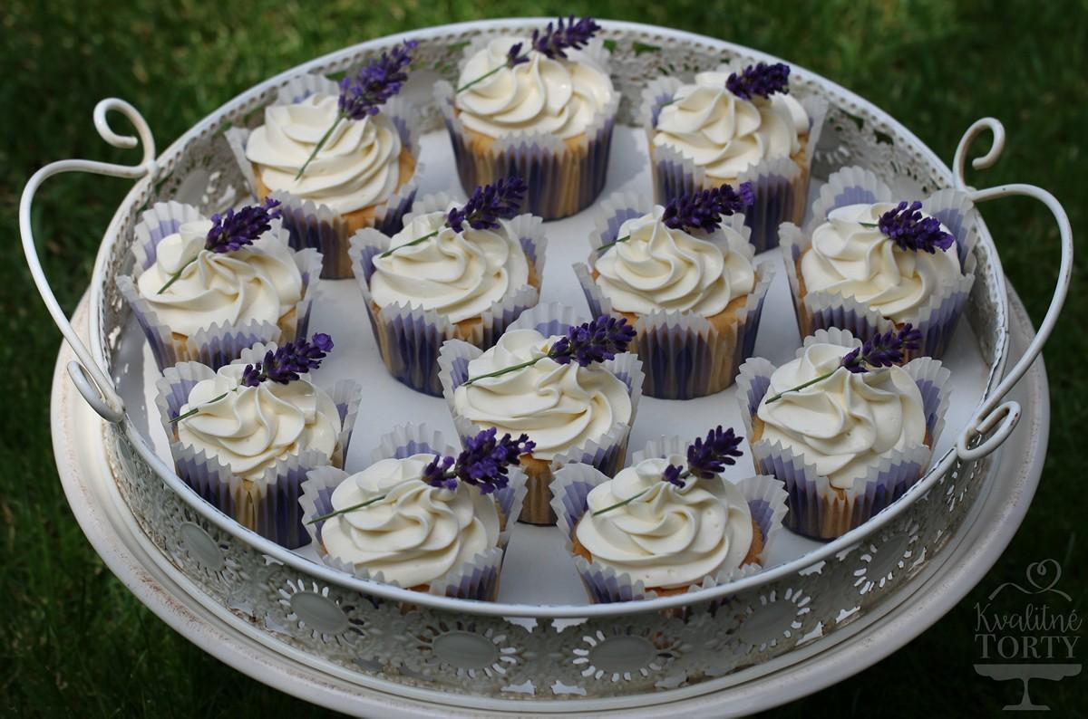 Mini CAKE BAR na záhradnú svadbičku : - Obrázok č. 3