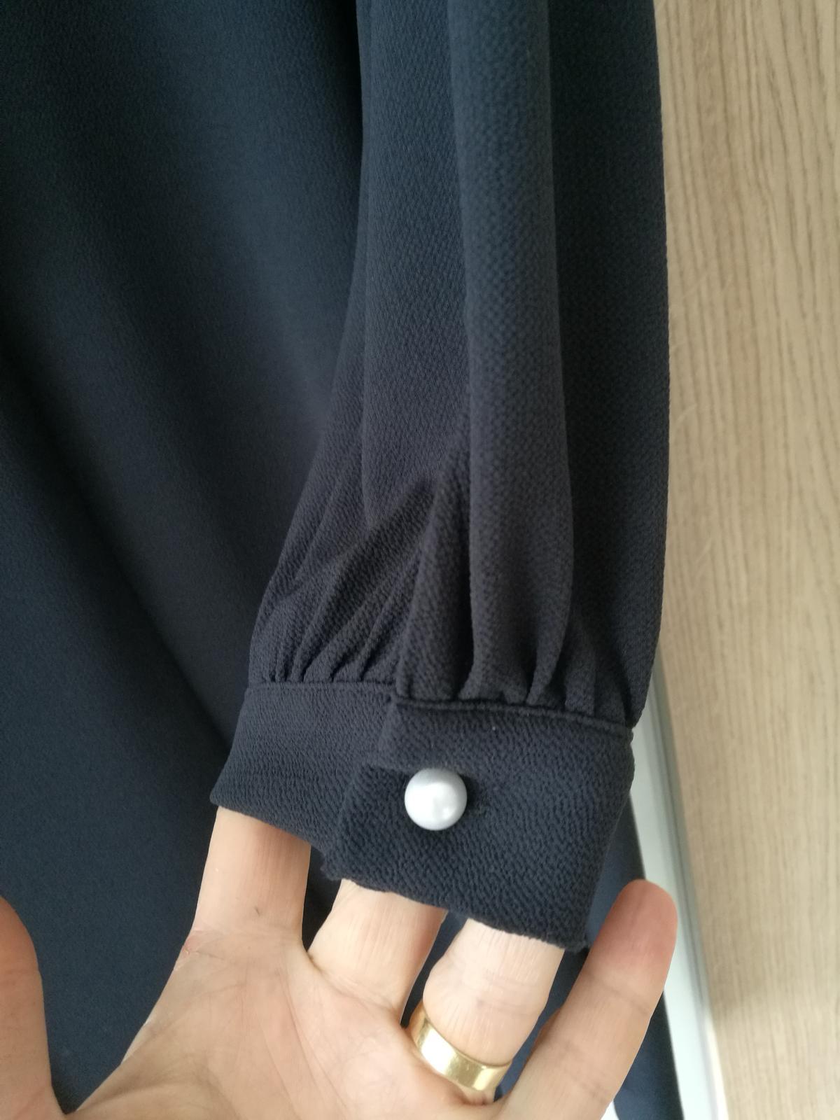 Šaty s dlouhým rukávem - Obrázek č. 2