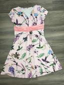Romantické šaty, L
