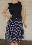 Bodkované šaty, M