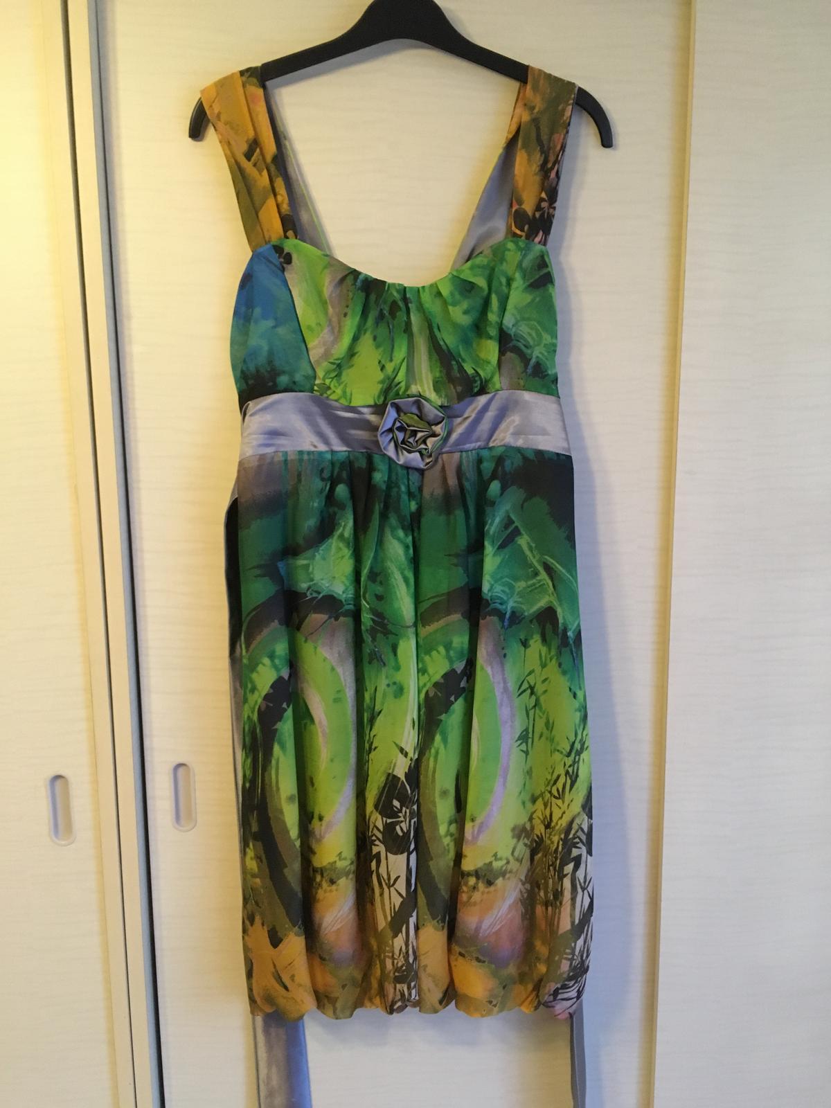 Pestré šaty s mašľou - Obrázok č. 2