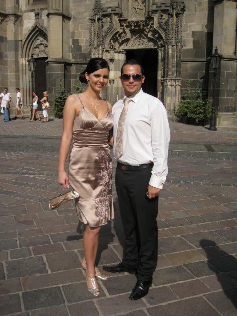 Ivetka a Janko 07.08.2010 - pripravy a skutocnost - my dvaja na svadbe Jankovho brata