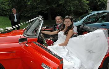 naše svatební autíčko - stará Felície