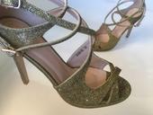 zlaté sandálky , 36