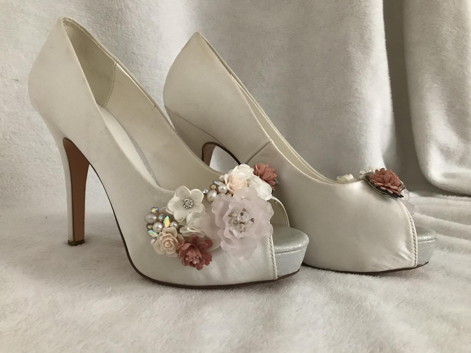Svadobné topánky Menbur - Obrázok č. 1
