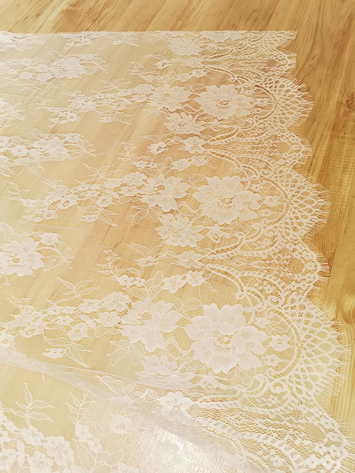 Biely čipkované dlhý zavoj - Obrázok č. 3