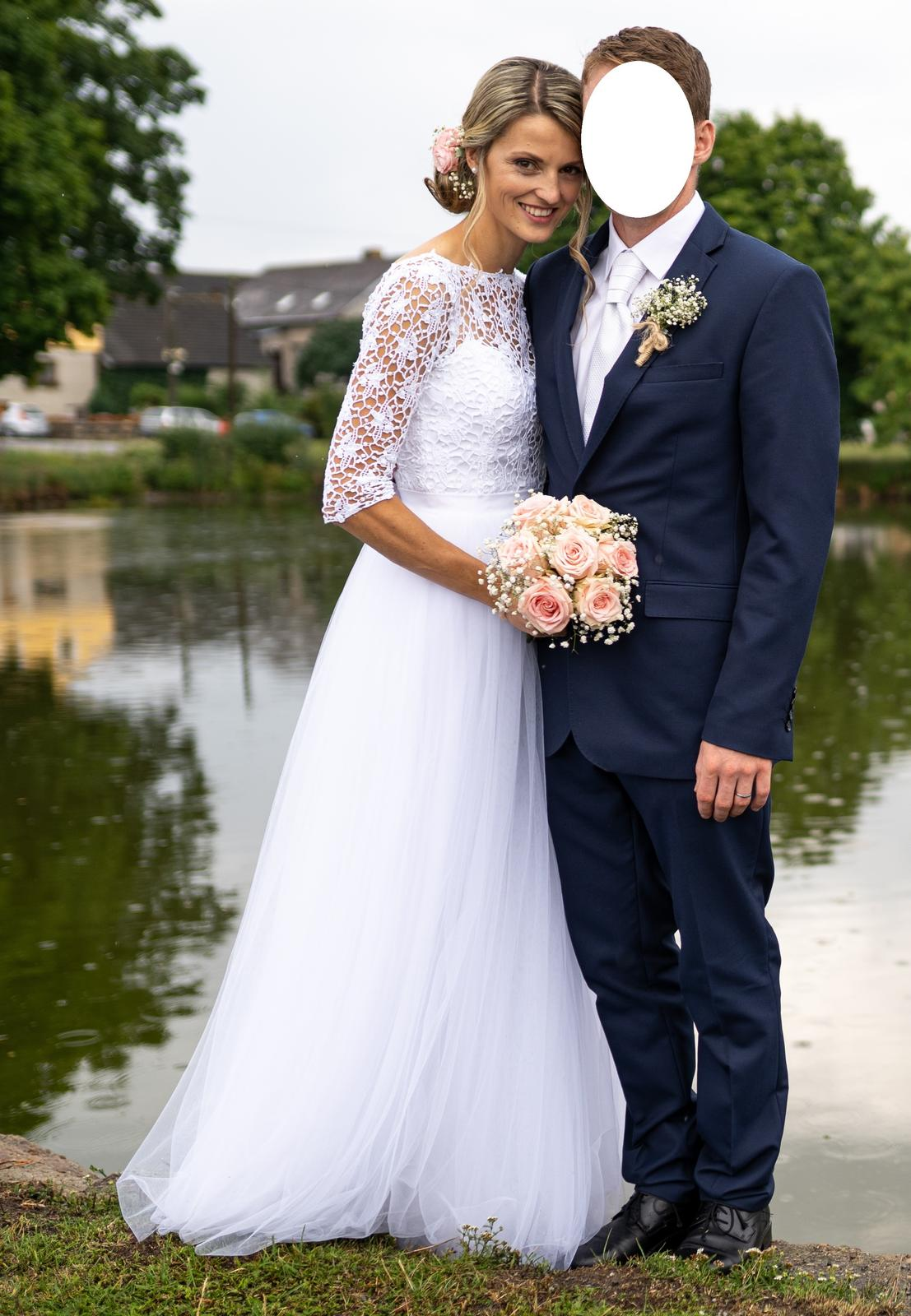 Jemné svatebni šaty - Obrázek č. 1