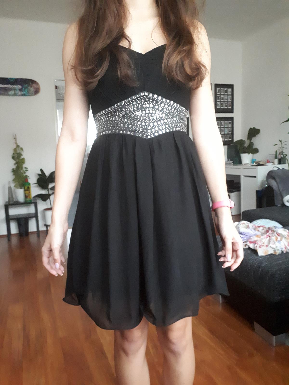Černé krátké šaty Little Mistress - Obrázek č. 1