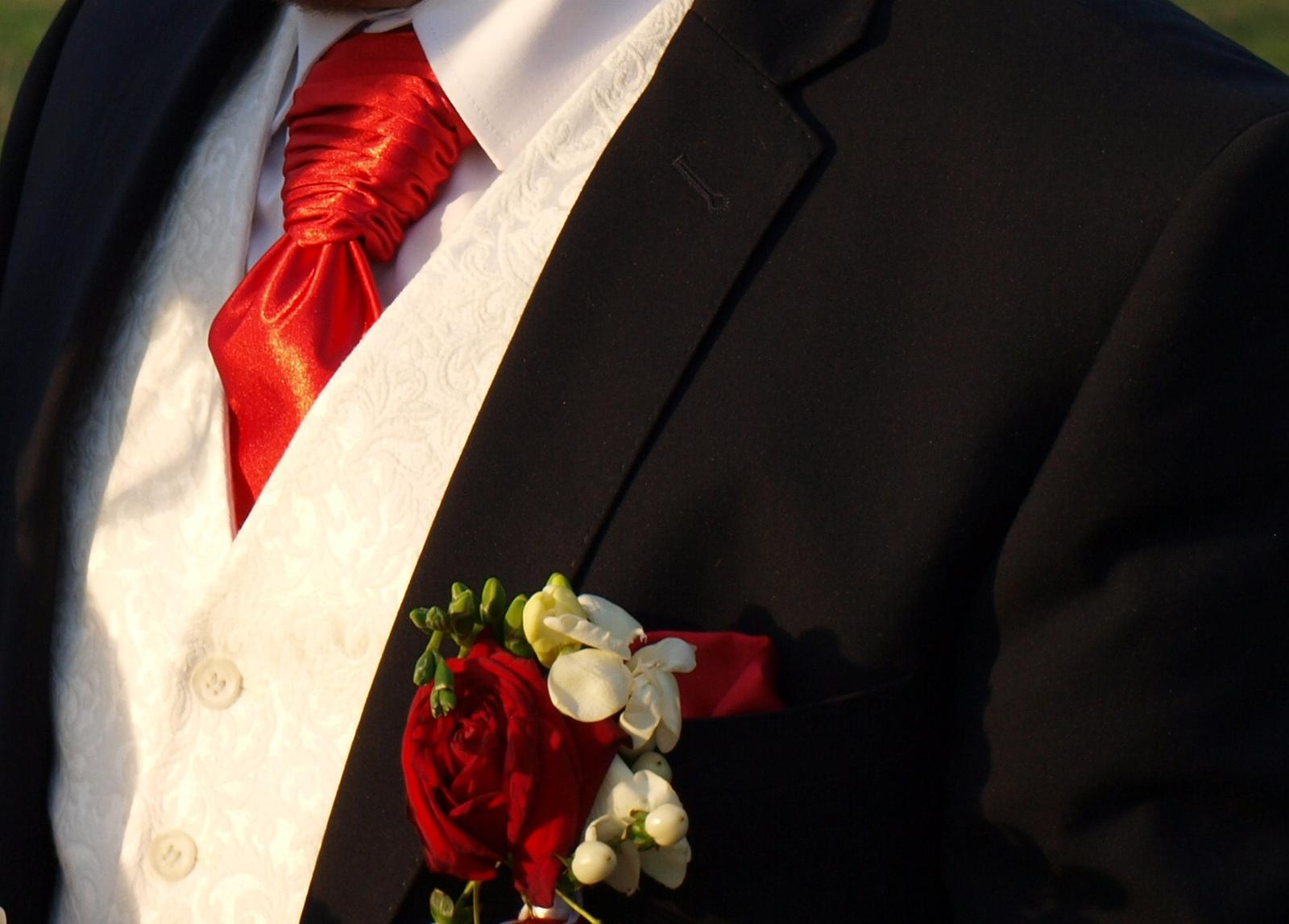 Francúzska kravata s vreckovkou - Obrázok č. 3