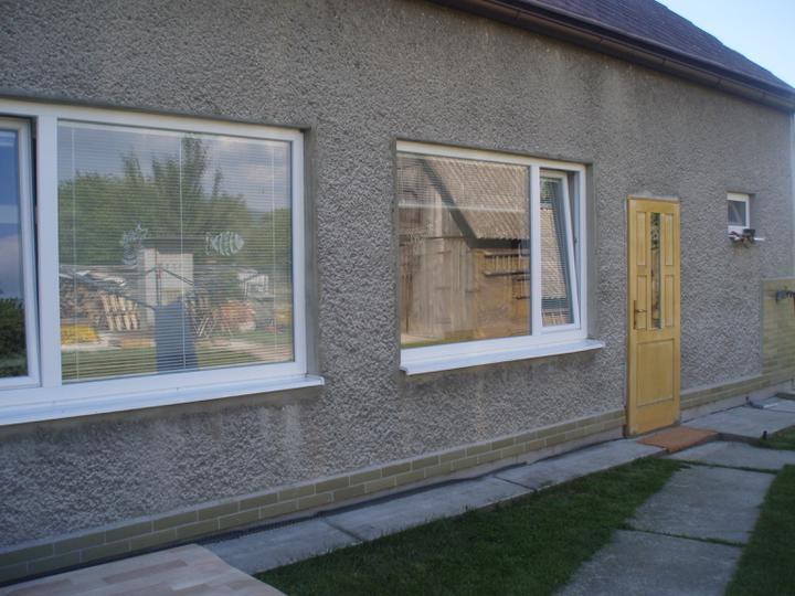 Okno na ľavo máme navyše,ak má niekto záujem.....