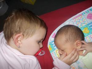 Naše děti - snad jim ta láska dlouho vydrží ;-)