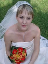 Nevěsta s kytičkou