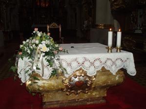 dekorace oltáře -rohová