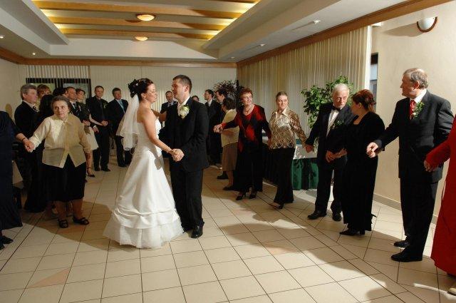 Janka{{_AND_}}Števko - prvý manželský tanec