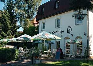 Tady bude svatební hostin a raut - Hotel Valdštejn, Liberec