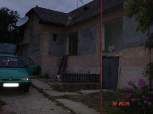 Presklenná veranda zrušená, zamurovaná...