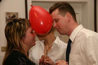 tanec s balónky, někdo měl srdce, někdo ptáčka a někdo zase v ruce špendlík :-)