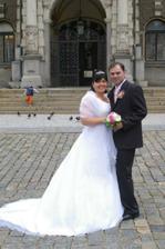tak tady už jsme šťastní novomanželé :o)