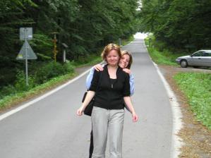 to jsem já a moje sluníčková svědkyně kdysi dávno ....