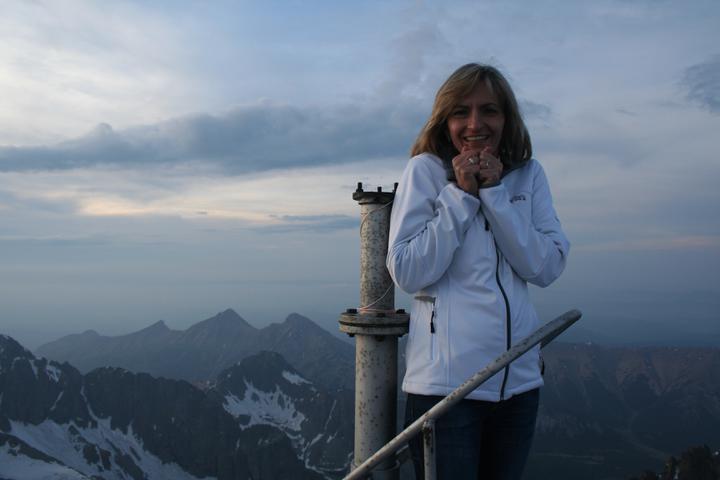 Silvia{{_AND_}}Július - najvyššie miesto na streche - dosť som sa bála, bolo to labilné...