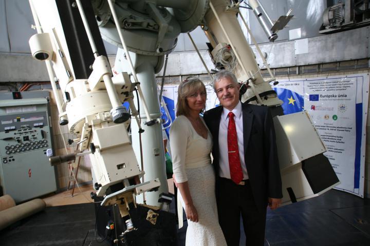 Silvia{{_AND_}}Július - v kopule observatória, kde sa bežný návštevník nedostane