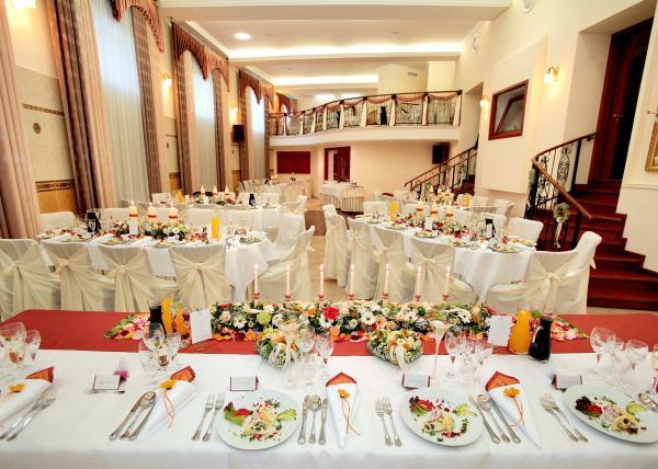 Svadobná hostina - Obrázok č. 2
