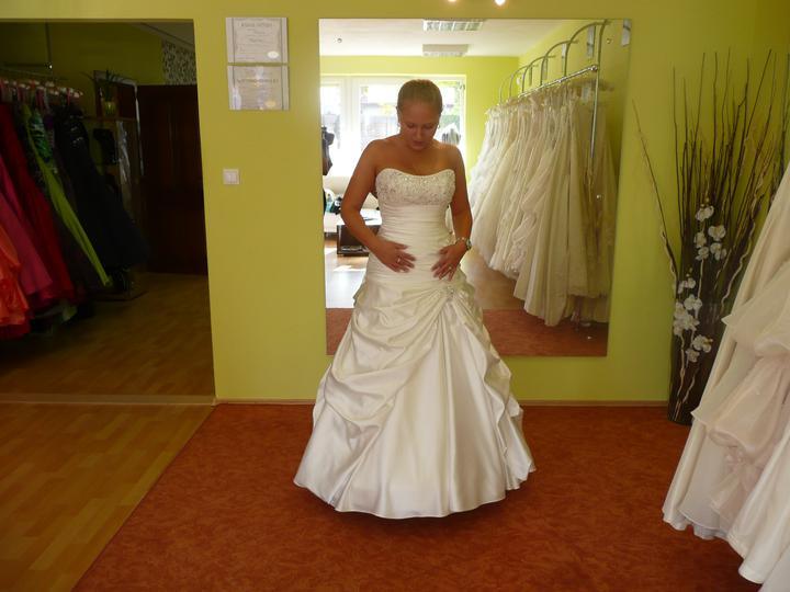 Svadobné šatičky - Obrázok č. 2